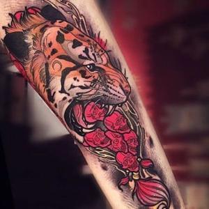 tatuaje de tigre neotradicional
