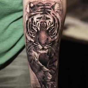 tatuajes de tigres para hombres y mujeres