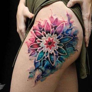 tatuaje acuarela mandala