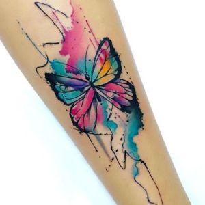 tatuaje acuarela para chica