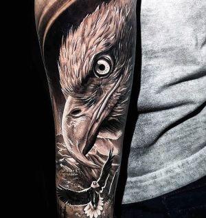 tatuaje de aguila para hombre