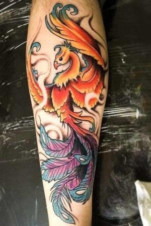 tatuaje de ave fenix para hombre