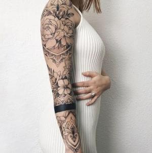 tatu en el brazo