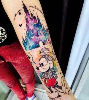 tatuajes disney en el brazo