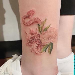 tatuajes delicados de dragones