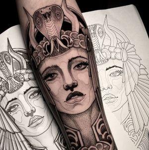 tatuajes egipcios femeninos