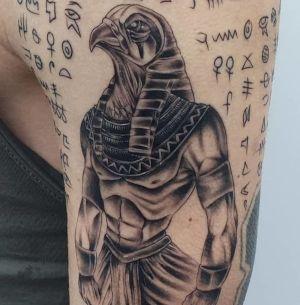 tatuajes para chicos egipcios