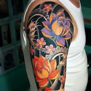 tattoo para hombre de flores