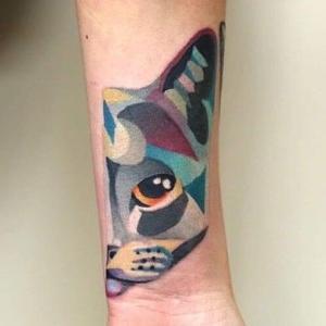 tatuaje de gato de Shnioka Snioka