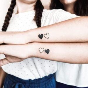 tatu para parejas hermanas