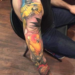 tatuaje a color original para hombre