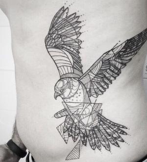 tattoo para hombre pajaro