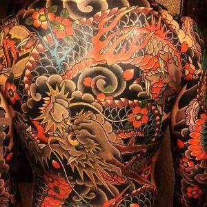 tatuaje inspitacion japonesa