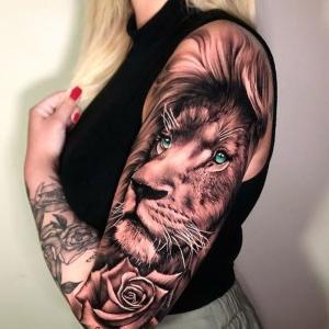 tatu de leon para mujer