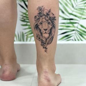 tatuajes femeninos de leon
