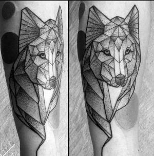 tatuaje de lobo geometrico (1)