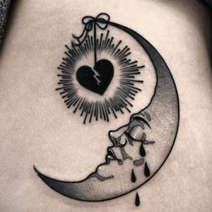 tatuaje de luna old school