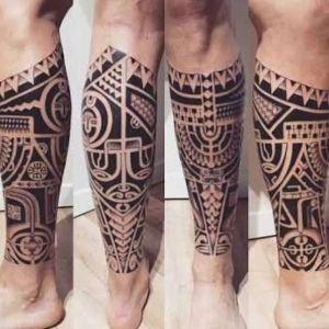 tatuajes maories en la pierna