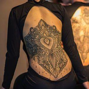 tatu espalda mujer