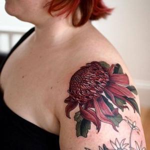 tatuajes chulos en el hombro para mujeres
