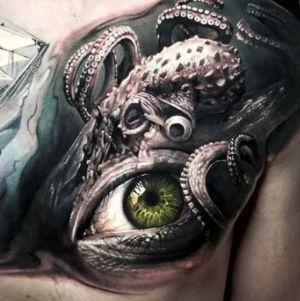 tatuaje de ojo y pulpo