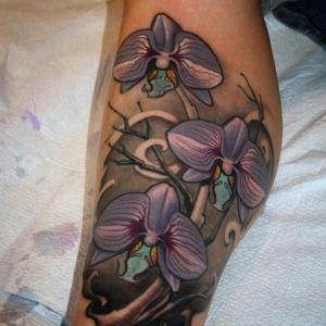 tatuaje de flores orquideas