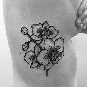 tatuajes femeninos de orquídeas