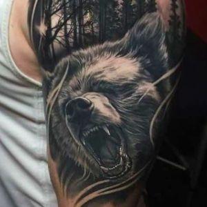 tatuaje de oso realista