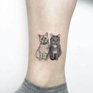 tatuaje pequeño gatitos