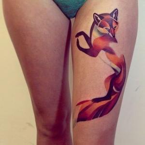 tatuaje de zorro en la pierna