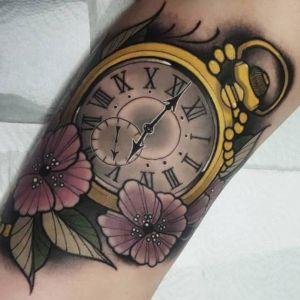 tatuaje reloj de cuerda