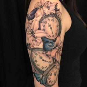 tatuajes de relojes para mujer