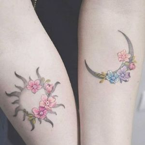 tatuajes sol y luna femeninos