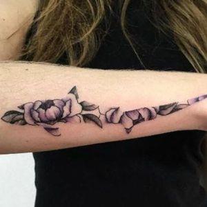 tatuaje de tiburon para chica