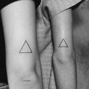 tatuaje de triangulo para parejas